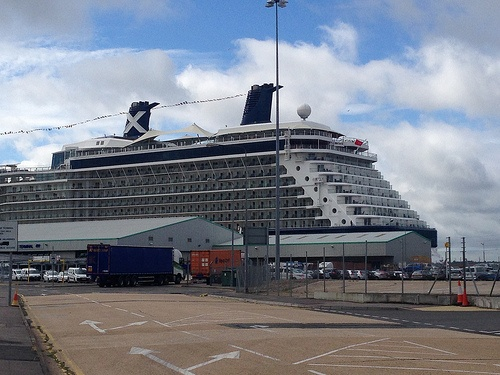Celebrity Eclipse in Southampton Photo: Heatheronhertravels.com