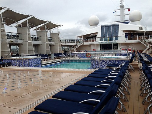 Pool deck on Celebrity Eclipse Photo: Heatheronhertravels.com