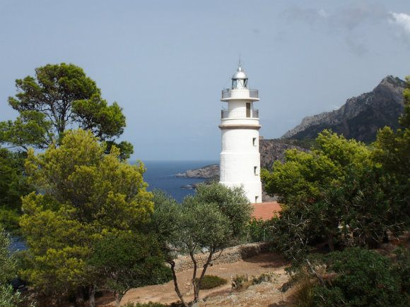 Far des Cap Gros lighthouse above Port de Soller, Mallorca Photo: Heatheronhertravels.com