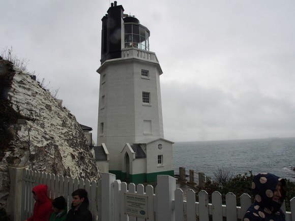 St Anthony's Head lighthouse in Cornwall Photo: Heatheronhertravels.com