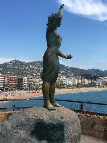 Dona Marinera in Lloret de Mar, Costa Brava Photo: Heatheronhertravels.com