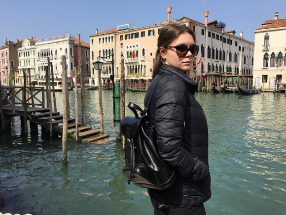 Sophie- Anne wearing the Sparano leather backpack from Maxwell Scott Bags in Venice - Rialto market Photo: Heatheronhertravels.com