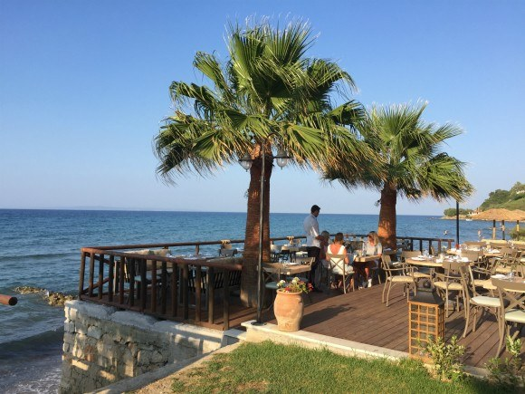 Anadalis restaurant at Windmill Bay Hotel, Zakynthos Photo: Heatheronhertravels.com