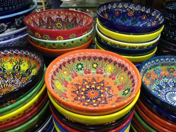 Painted bowls in the Grand Bazaar in Istanbul Photo: Heatheronhertravels.com