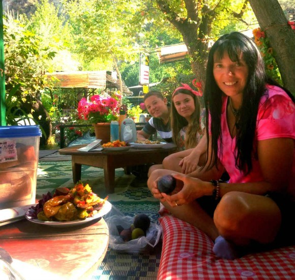 Enjoying lunch near the Saklikent Gorge Turkey Photo: Reka Kaponay