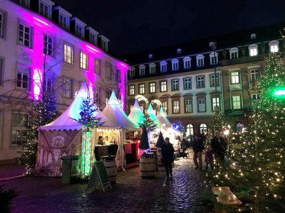 Christmas Market in Kornmarkt of Heidelberg Photo: Heatheronhertravels.com