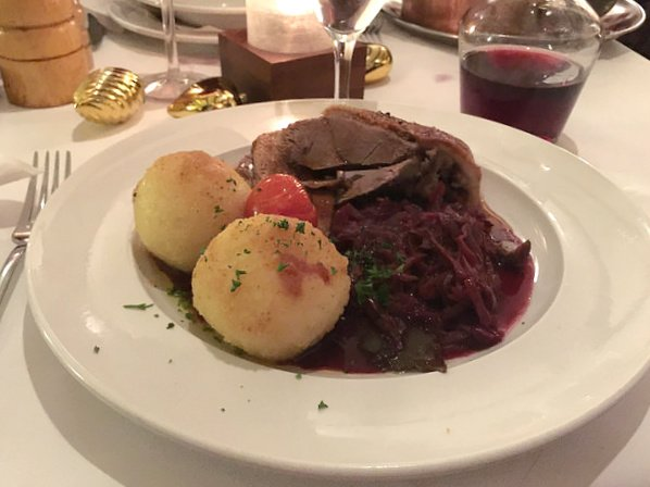 Christmas goose with red cabbage in Heidelberg at Goldener Hecht Photo: Heatheronhertravels.com