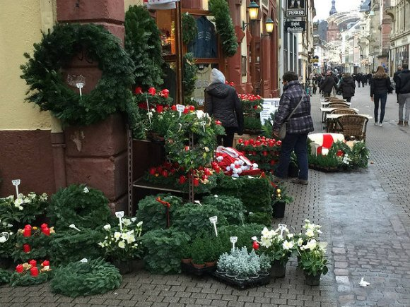 Christmas wreaths on sale in Heidelberg Photo: Heatheronhertravels.com