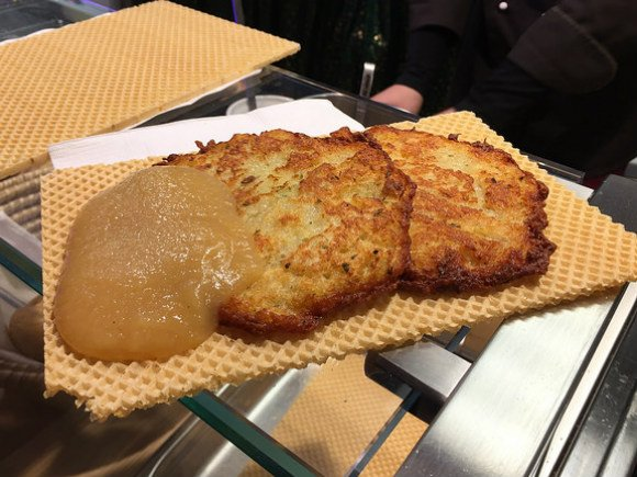 Kartoffelpuffer, potato fritters in Heidelberg Photo: Heatheronhertravels.com