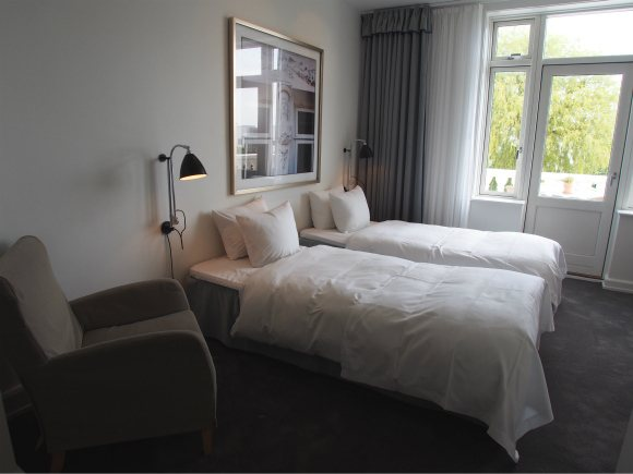 Bedroom in Kurhotel Skodsborg, Copenhagen Photo: Heatheronhertravels.com