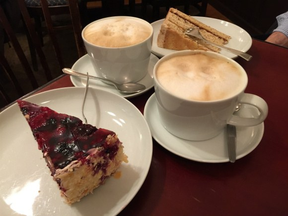 Coffee and cake in Heidelberg Photo: Heatheronhertravels.com