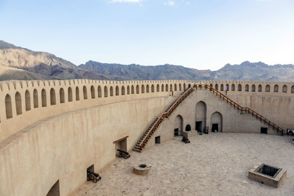 A First Timer's Guide to Oman | Heather on her travels