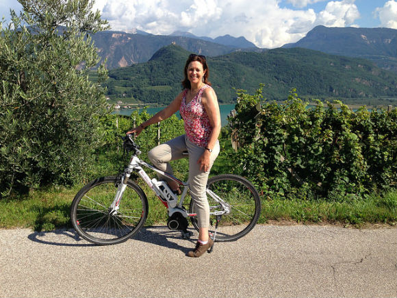 Cycling and wine tasting around Lake Caldaro / Kaltern Heatheronhertravels.com