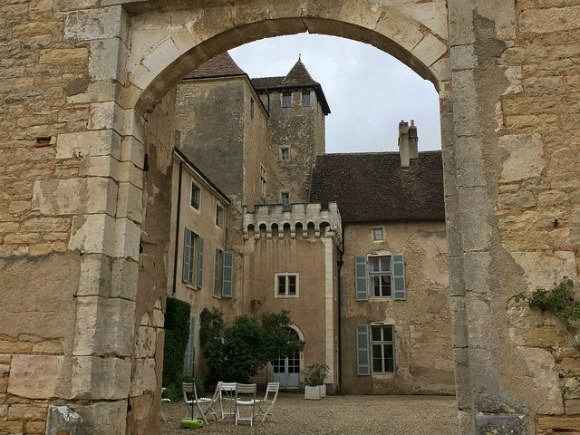 Wine tasting at Chateau Rully near Beaune in Burgundy Heatheronhertravels.com