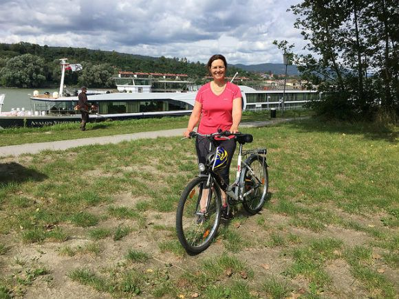 Cycling by the Danube on an Avalon Cruise excursion Photo: Heatheronhertravels.com