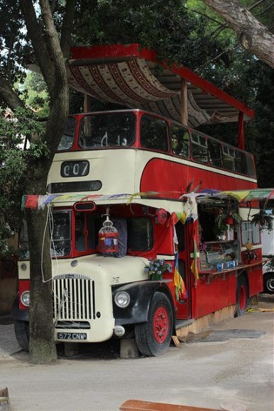 Cafe bus on Venice Lido Photo by Gordon Baxter