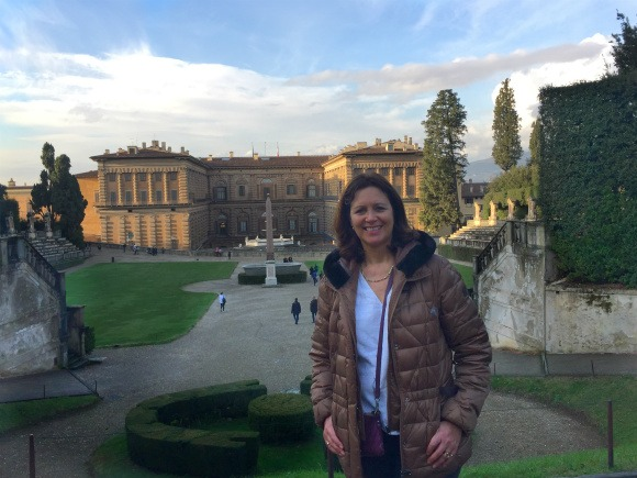 Heather at Pitti Palace in Florence