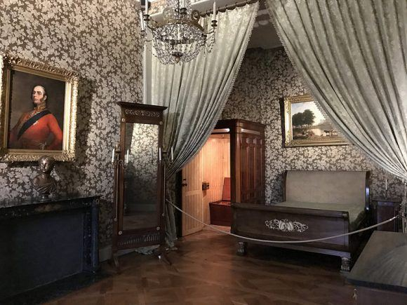 Queen Victoria's room at Ehrenberg Palace, Coburg Photo: Heatheronhertravels.com