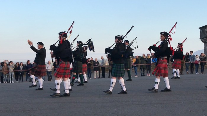 Pipers on the esplanade in Edinburgh