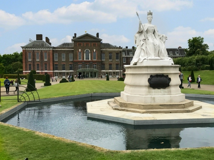 Kensington Palace in London Photo: Heatheronhertravels.com