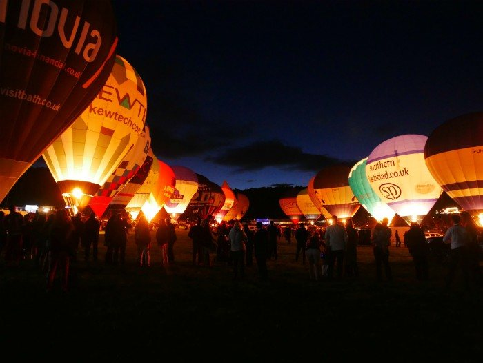 Night Glow at Bristol Balloon Fiesta Aug 2017 Photo: Heatheronhertravels.com